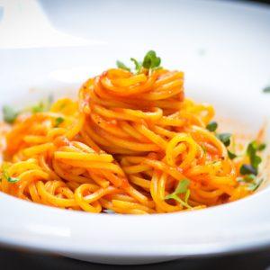 Spaghetti al Pomodoro restaurant pipera